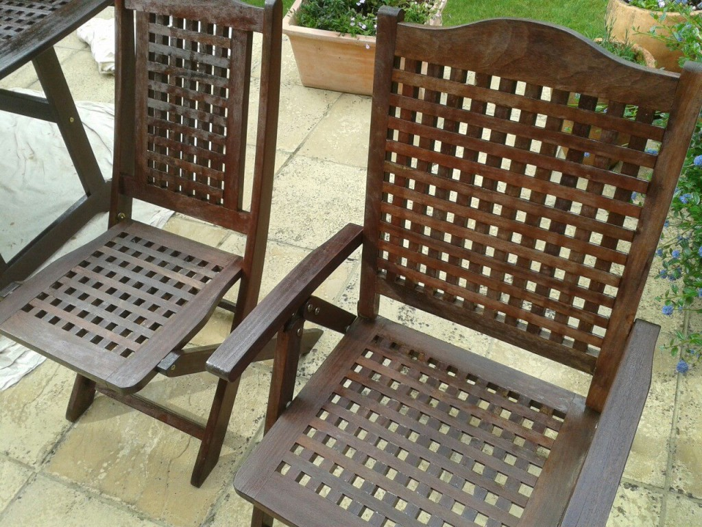 Cleaning and varnishing garden furniture   Fix It Surrey