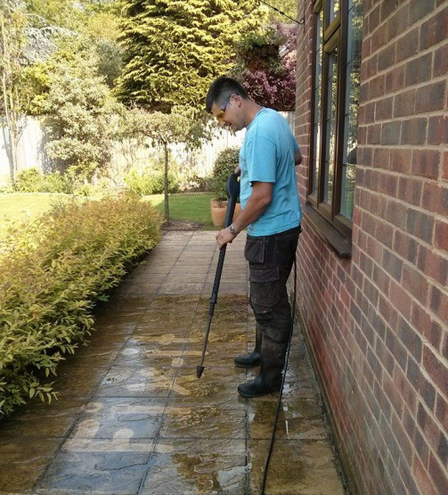 Patio and decking cleaning Godalming