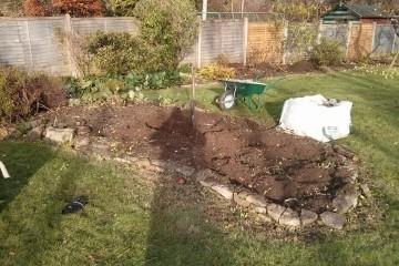 Garden maintenance Godalming