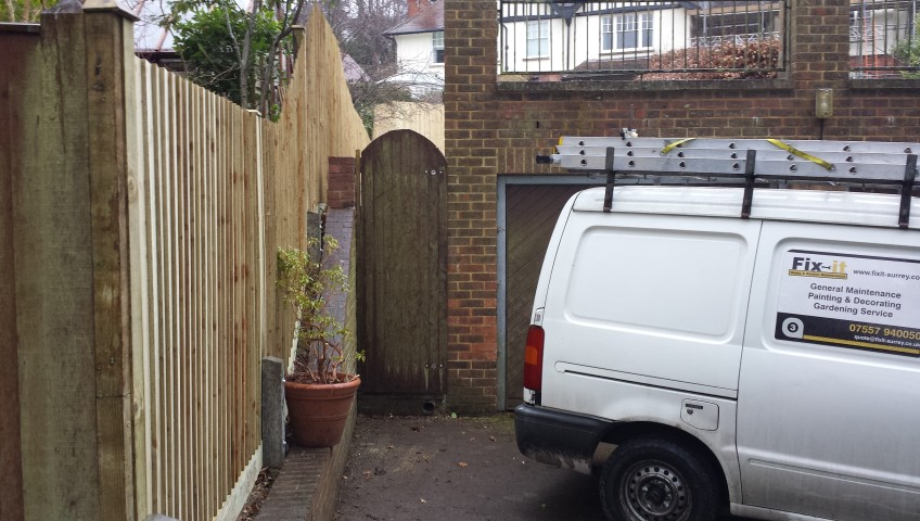 Building a fence in Guildford, Godalming