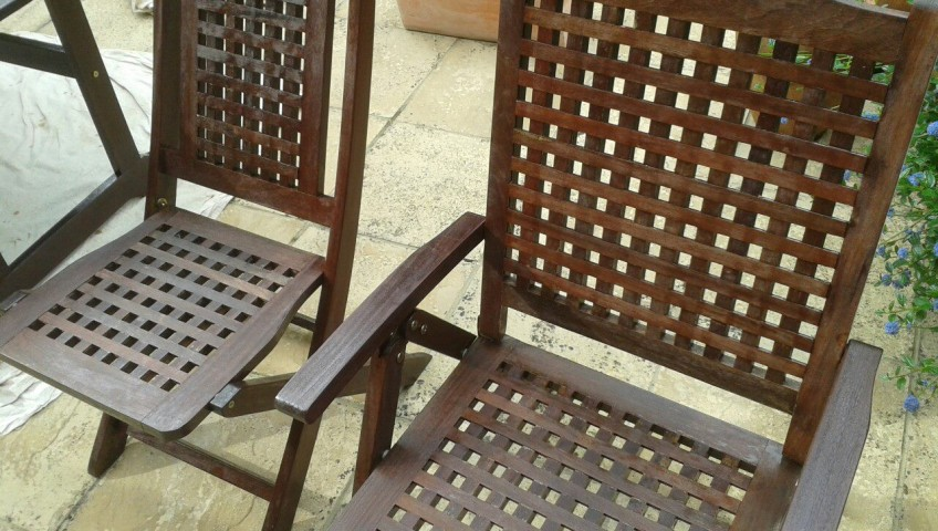 garden furniture varnishing surrey